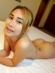 Cute small-tittied Thai babe Cream with bubble butt fucks stranger in hotel